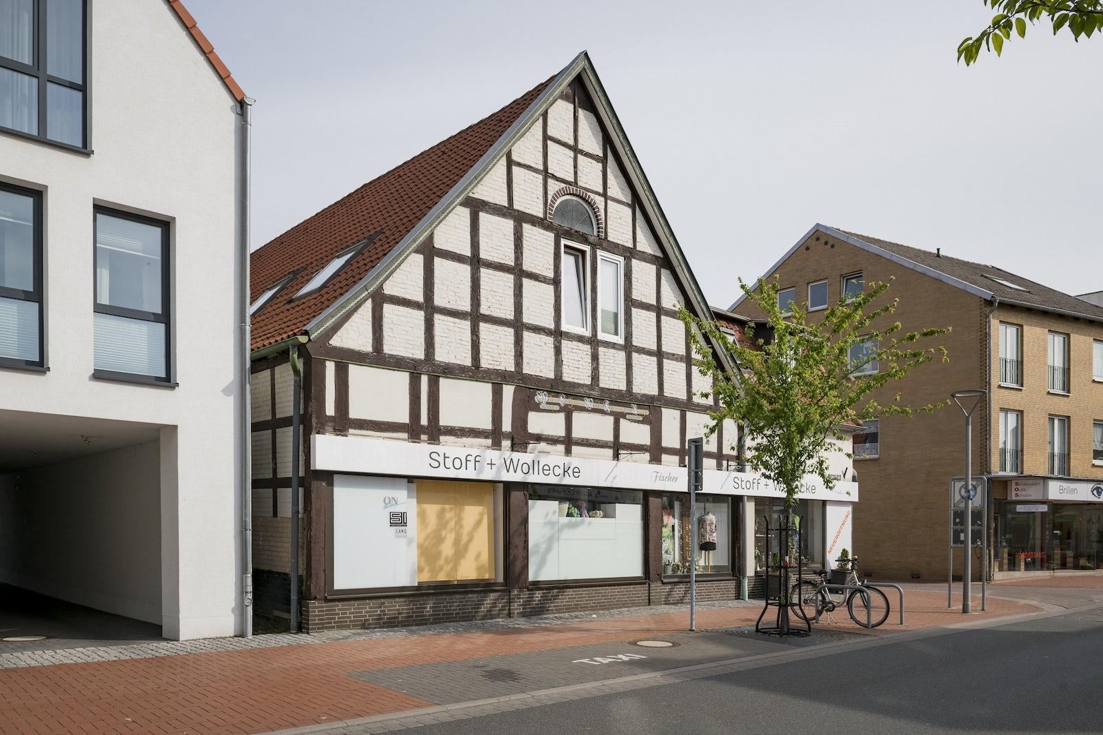 ffc32bc68b 8-Zimmer-Mehrfamilienhaus, 482 m² in Wunstorf | Homeday